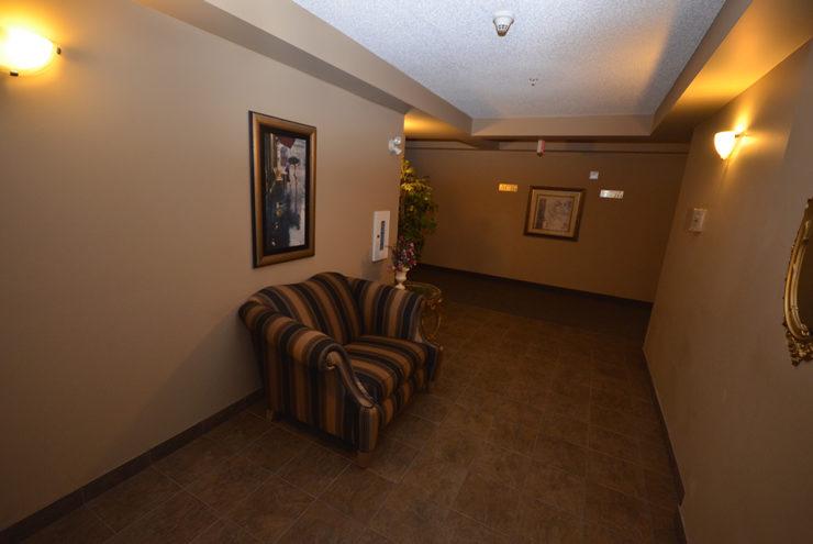 #235 369 Rocky Vista Park NW - C4096056 , flatfee495